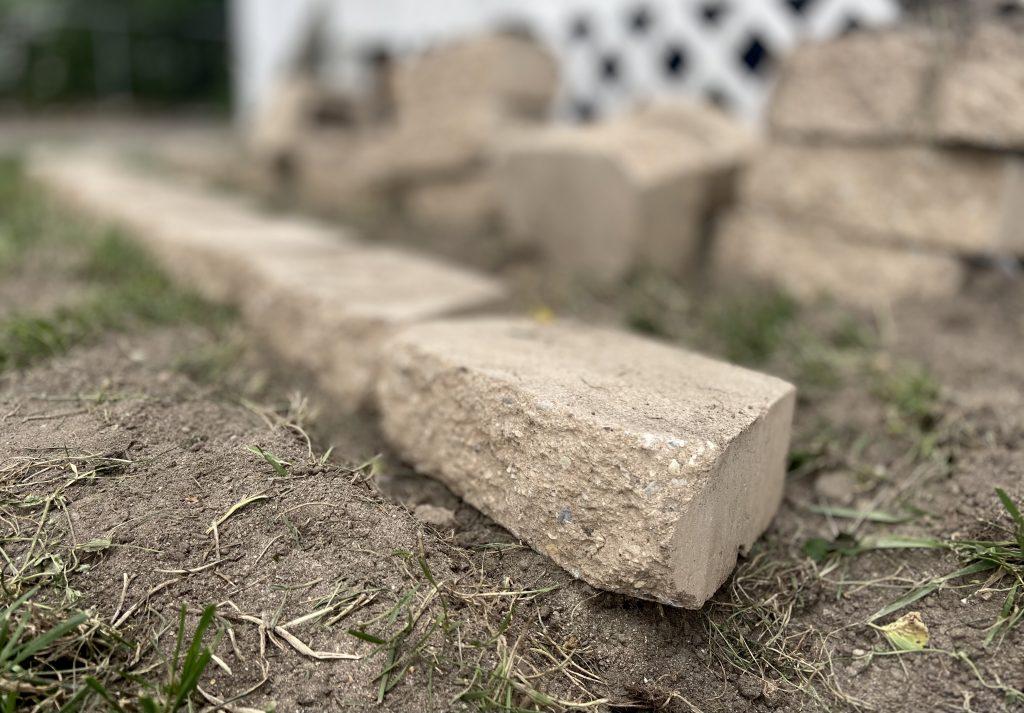 landscaping bricks for gardening