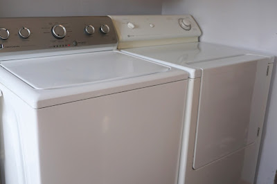 disinfecting washer and dryer with essential oil